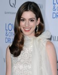 hbz-new-year-beauty-2011-anne-hathaway-de