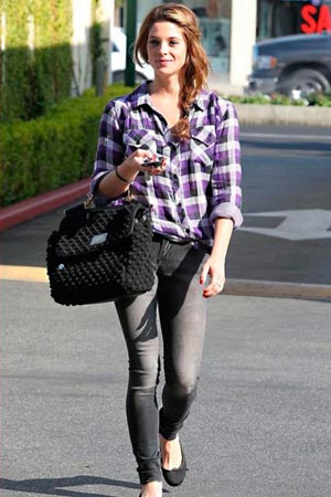 wpid-ashley-greene-plaid