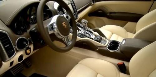 2013 Porsche Cayenne S Diesel INTERIOR