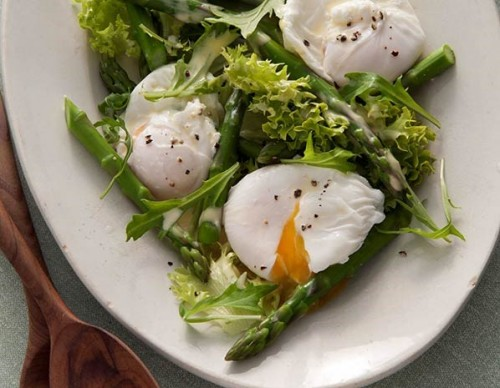 Mat Follas' asparagus and poached egg salad