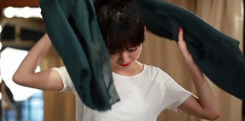 16種圍巾打法-讓妳秋冬溫暖又時尚! 美人特務小予的溫暖教學-第一集