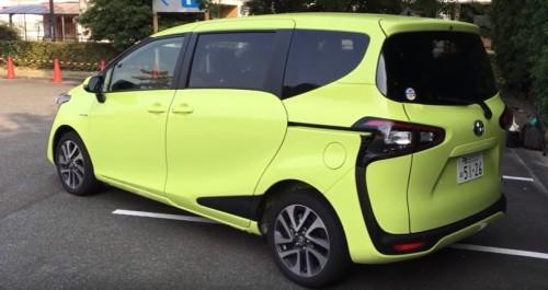 Toyota Sienta Walkaround